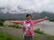 Personal guide/translator/ interpreter/assistant in China Aurora